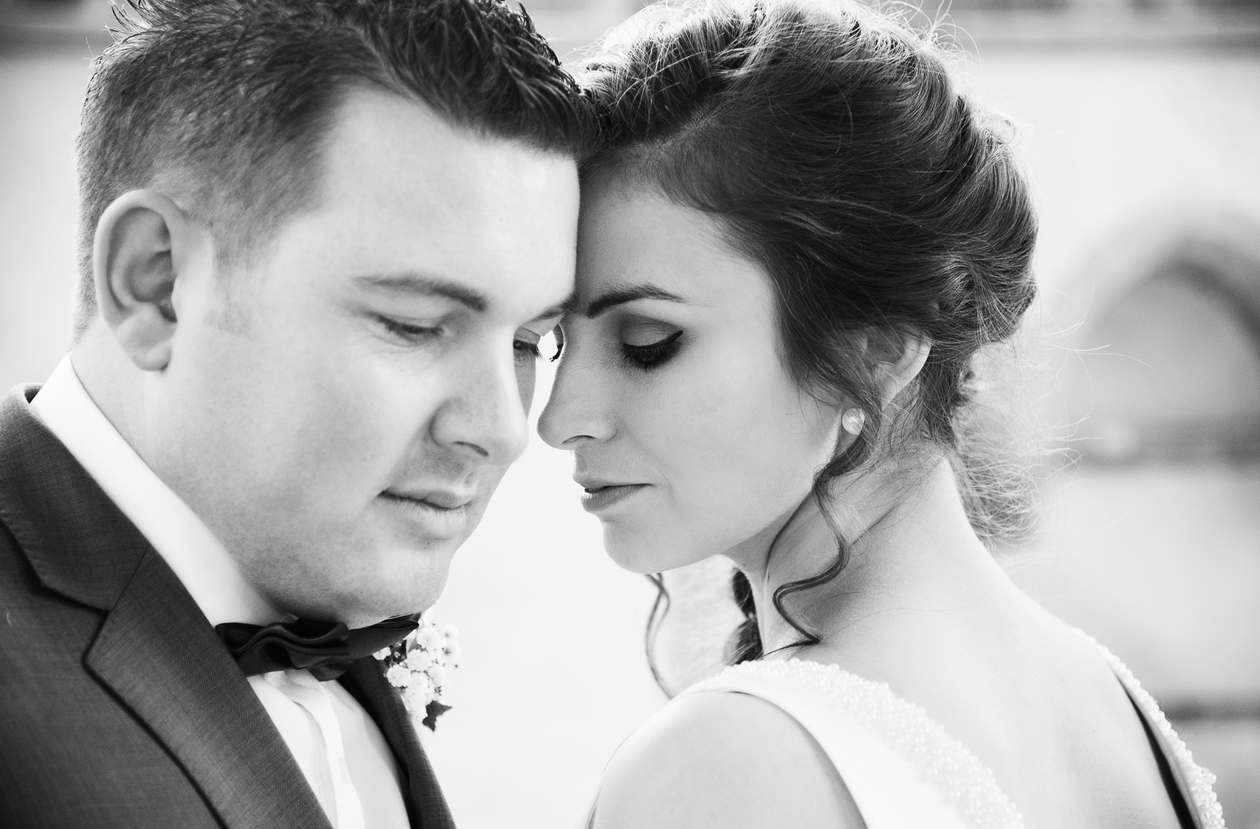 wedding-guildhall-chichester-bride-and-groom-sussex