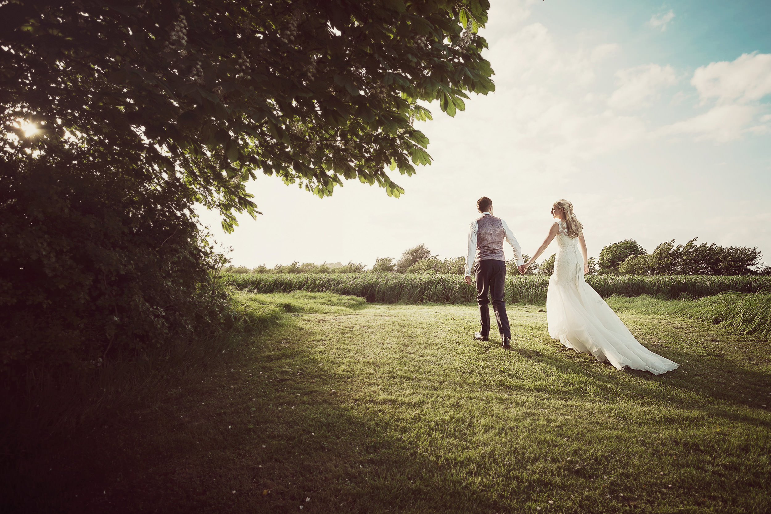 light and backround when learning wedding photography