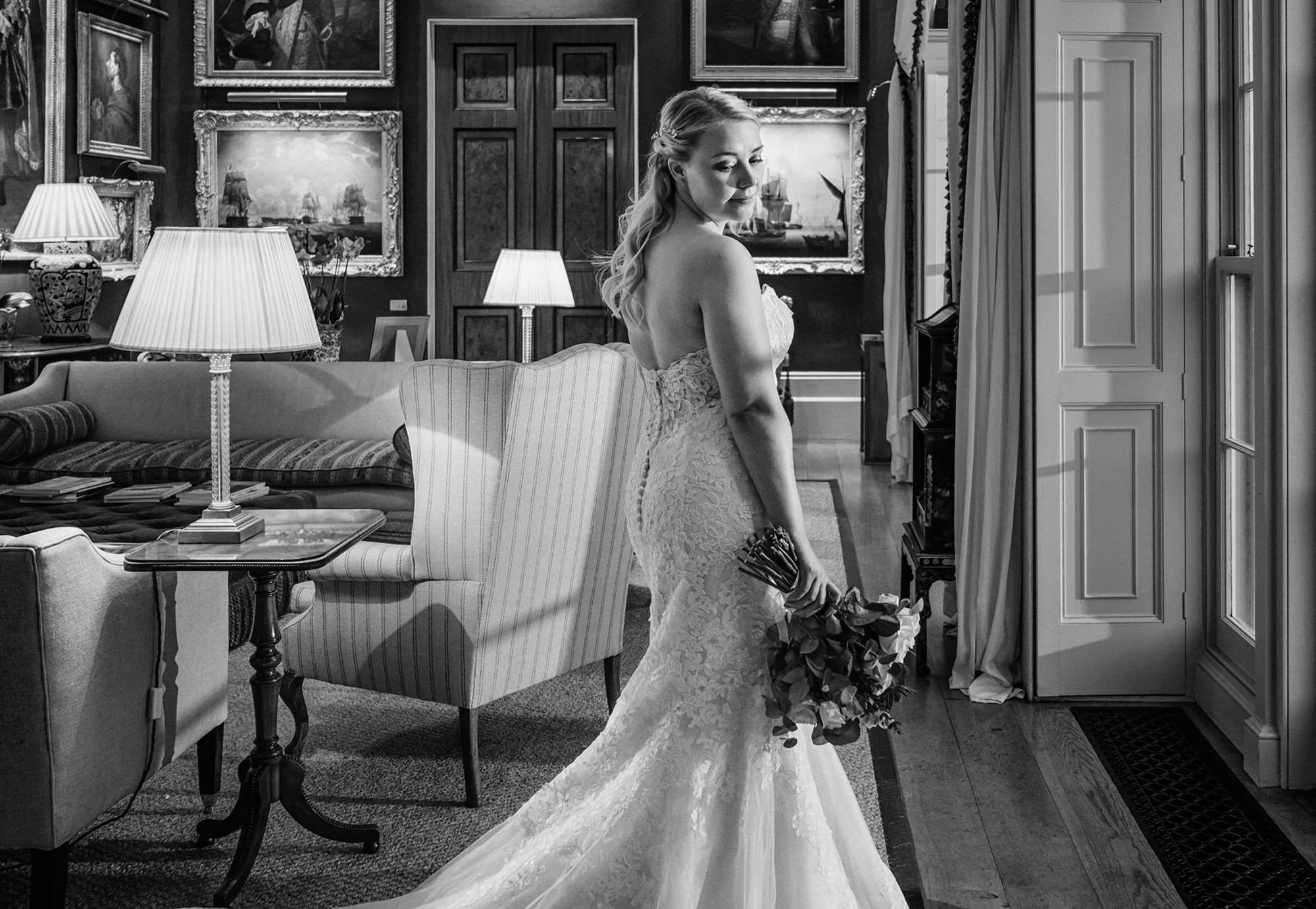bride-goodwood-house-wedding-sussex